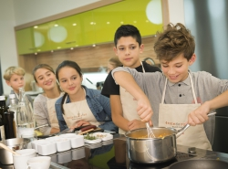 Teens in the kitchen ! special christmas